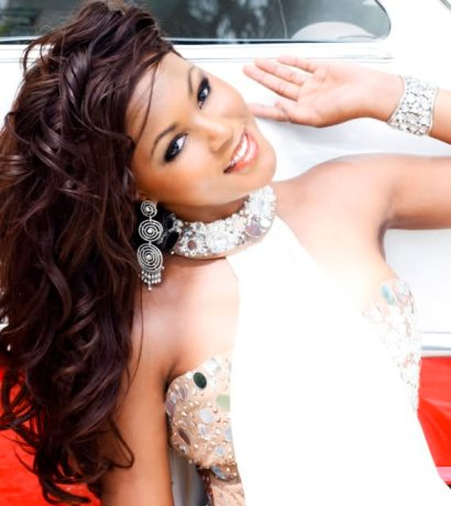 JOANNE BROWN (Miss Bahamas World 2009)