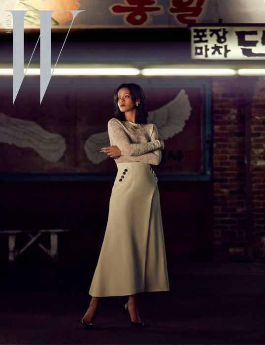 rihanna-dior-fashion-shoot-w-korea01