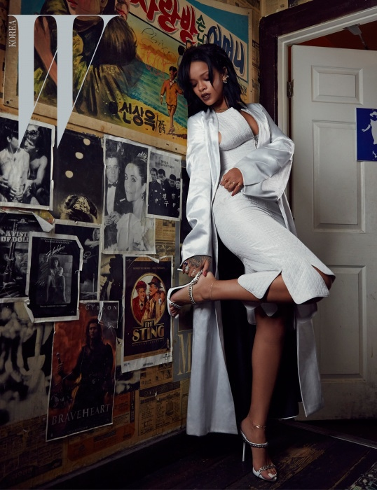 rihanna-dior-fashion-shoot-w-korea05